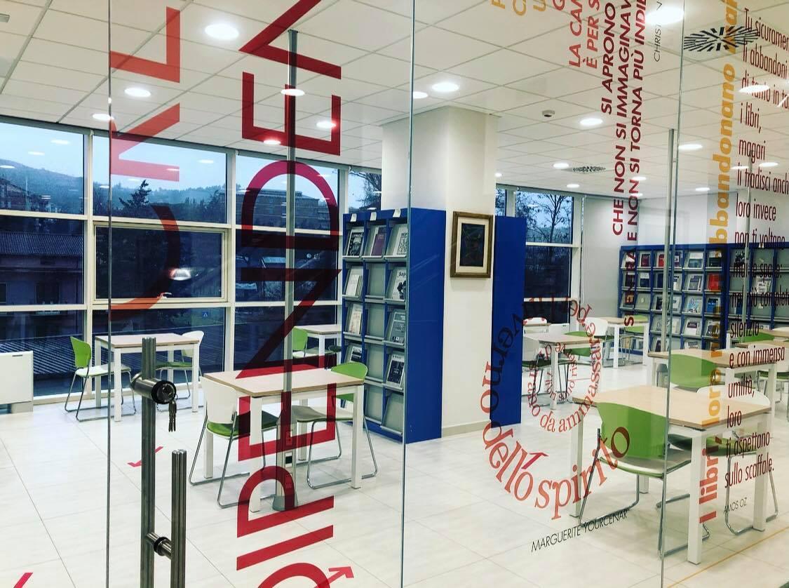 Il Polo Bibliotecario anticipa l'orario di apertura e apre una nuova sala lettura